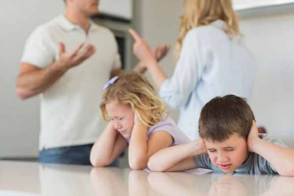 explain-how-bipolar-disorder-will-affect-the-child-and-the-rest-of-the-family